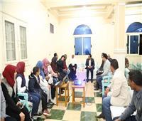 نائب محافظ قنا يزور مركز دندرة الثقافي