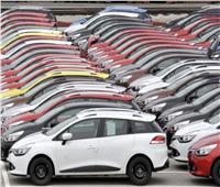 «ماشيين بالعكس».. ارتفاع أسعار 3 أنواع من السيارات بعد إعفائها من الجمارك