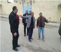 محافظ مرسى مطروح يتفقد أحياء المدينة