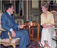«سي إن إن» تبرز حياة مبارك في صور