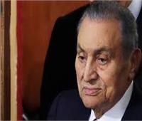جنازة مبارك| لحظة دخول جثمان الرئيس الأسبق إلى مسجد المشير.. فيديو