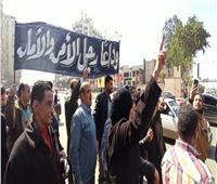 جنازة مبارك| محبو الرئيس الأسبق يودعوه إلى مثواه الأخير