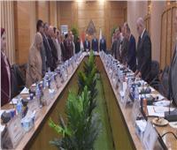 مجلس جامعة بنها يقف دقيقة حداد على روح الرئيس الأسبق مبارك