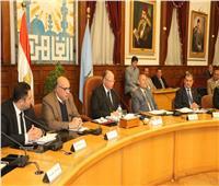 محافظ القاهرة يوجه بتنفيذ الخطة الاستثمارية بالأحياء