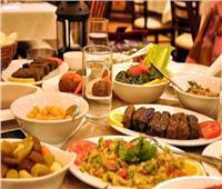 طبيب باطنة يشرح فوائد 5 توابل هامة على مائدة الطعام