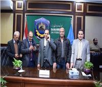 العاملون بجامعة دمنهور يرحبون بقرار تعيين عبيد صالح رئيسًا للجامعة