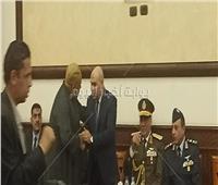 صدقي صبحي يقدم واجب العزاء في وفاة «مبارك»