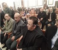 محمد فؤاد ومحمد ثروت يصلان عزاء مبارك