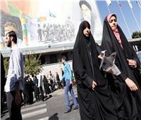 الحجاب أو الضرب.. فيديو صادم يثير الجدل حول ملابس النساء في إيران