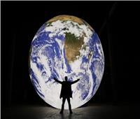 حكايات| بعد انقراض الإنسان.. آخر ضوء من صُنع البشر
