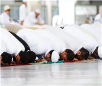 في زمن كورونا الصلاة بالمسجد أم المنزل.. «الدين بيقول إيه؟»