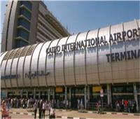 مطار القاهرة يستقبل رحلتين للمصريين العالقين بلندن
