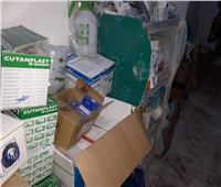 صور| ضبط 500 ألف عبوة مستلزمات طبية بمخزن في الإسكندرية
