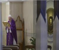 البابا فرنسيس: نصلي من أجل العائلات التي تحتاج لمساعدة