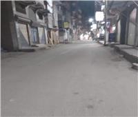 فيديو.. شاب يذهب السوبر ماركت مرتديا «كرتونة» للهروب من الغرامة أثناء الحظر