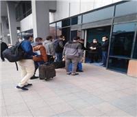 صور| مطار القاهرة يستقبل رحلة استثنائية قادمة من عمان تقل 135 مصريًا