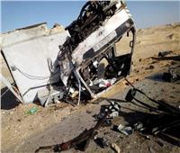 بالأسماء| إصابة 18 شخصًا من بينهم 8 أطفال في حادث بالطريق الصحراوي بالمنيا