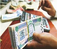 تباين أسعار العملات العربية.. والدينار الكويتي يتراجع لـ49.71 جنيه