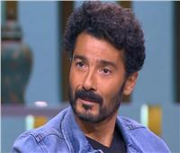 خالد النبوي: «شكرا لجنود الأطباء.. العلم مهم وقت الأزمة»