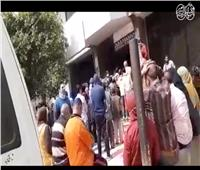 زحام شديد من الأهالي والطلاب أمام سنترال المرج رغم التحذيرات من كورونا