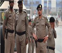 ضبط مواطنين ارتكبا جرائم إطلاق النار وسرقة المركبات بالدوادمي