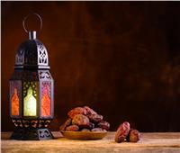 الأزهر للفتوى يحسم الجدل بشأن إفطار رمضان بسبب كورونا