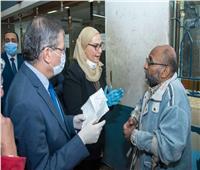 صور| وزيرة التضامن تتابع عمليات صرف معاشات أبريل