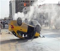 بالأسماء.. إصابة زوجين وأطفالهم الثلاثة في انقلاب تاكسي بقنا