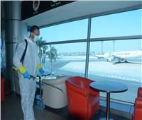 «الطيران» تواصل تعقيم منشآتها الحيوية بمطار القاهرة الدولى