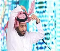 تركي آل الشيخ يعلق على صورة توقيع أحمد فتحي لبيراميدز