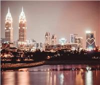الإمارات تضيء فنادقها بـ«القلوب» تضامنًا مع العالم بسبب «كورونا»
