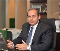رئيس البنك الأهلي يوضح الخدمات المصرفية التي يمكن القيام بها دون الذهاب للفروع