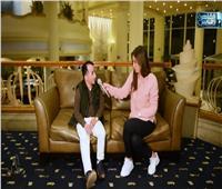 فيديو| بسبب قصر قامته.. شاب يروي مأساته للحصول على عمل