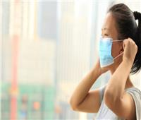 كم مدة بقاء فيروس كورونا على الكمامة ؟