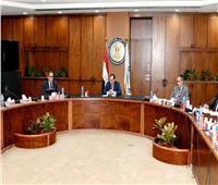 3 وزراء يبحثون التعاون في تنفيذ برنامج تحفيز الطيران