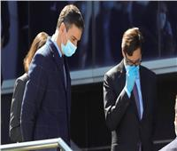 الصحة الإسبانية تطالب المواطنين بارتداء القناع