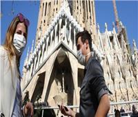 برشلونة تنتج 300 ألف قناع محلي لمواجهة فيروس كورونا