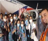 ٢٨٥ ماليزيا يغادرون القاهرة