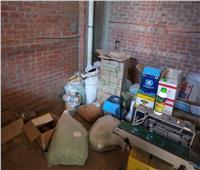 ضبط مصنع لإعادة خلط وتعبئة المخصبات الزراعية بدمنهور بدون ترخيص