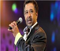 الشاب خالد يغني على الهواء: يا رب أنصر الأمة على الكورونا