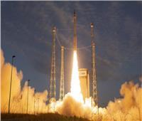 """""""سبيس إكس"""" تطلق 60 قمرًا صناعيا جديداً لتغزيز الانترنت"""