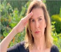 يسرا تؤدى التحية العسكرية لشهداء القوات المسلحة