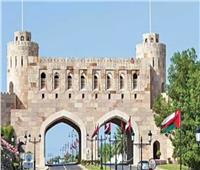 سلطنة عمان تمدد إغلاق محافظة مسقط حتى 29 مايو الجاري لمواجهة كورونا