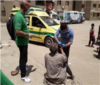 ألقته سيارة..«التضامن» تنقذ مسن يفترش الشارع وتودعه بإحدى المستشفيات