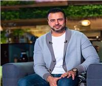 «شخص يصلي الفرائض فقط في رمضان هل يكون من الخاسرين».. مصطفى حسني يجيب| فيديو