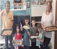 صور| رغم كورونا.. الجالية المصرية في ألمانيا تستقبل العيد بالكعك