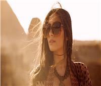 هبة طوجي تعود للغناء باللهجة المصرية في أغنية «طلعت يا محلا نورها»