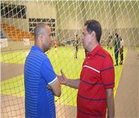 مدرب منتخب مصر يؤازر محمود سعد