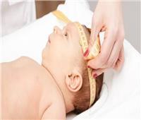 للأمهات الجدد.. تعرفي على المعدل الطبيعي لزيادة محيط رأس طفلك