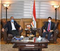 وزير الرياضة يناقش مع «الجنايني» خارطة طريق الكرة المصرية